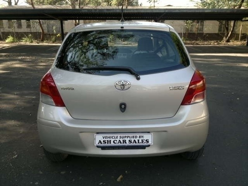 Used Toyota Yaris T1 3dr A C For Sale In Kwazulu Natal Cars Co Za
