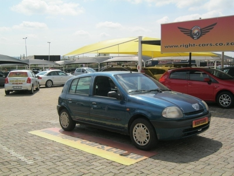 used renault clio 1 4 rt for sale in gauteng cars co za id 2945114 rh cars co za Old Renault Clio Renault Clio RS