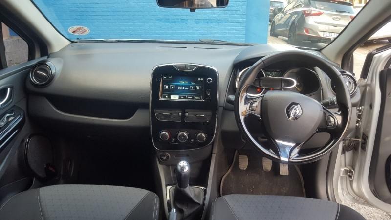Used Renault Clio Iv 900 T Dynamique 5 Door 66kw For Sale In