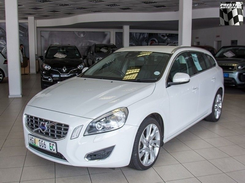 Used Volvo V60 D3 Excel Geartronic For Sale In Eastern Cape Cars