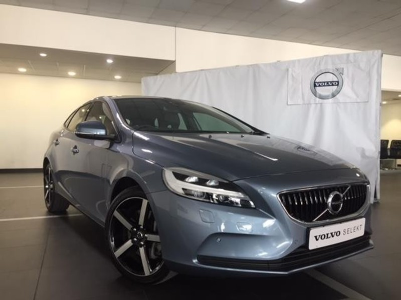 Used Volvo V40 T4 Momentum Geartronic For Sale In Free State Cars Rhcarscoza: Volvo V40 T4 Momentum Location 3 4 Front At Gmaili.net