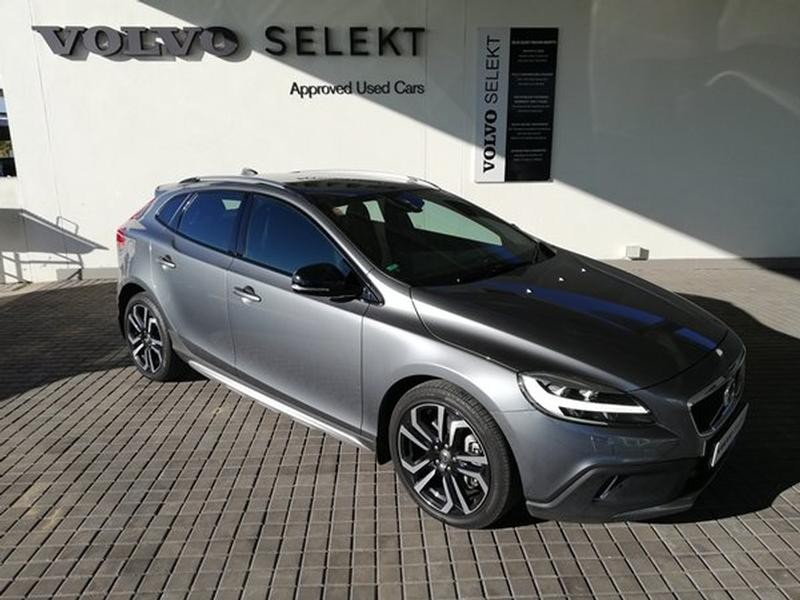 Used Volvo V40 Cc D4 Inscription Geartronic For Sale In North West