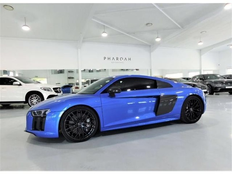 Used Audi R FSi Quattro S Tronic PLUS For Sale In Gauteng - 2018 audi r8 for sale