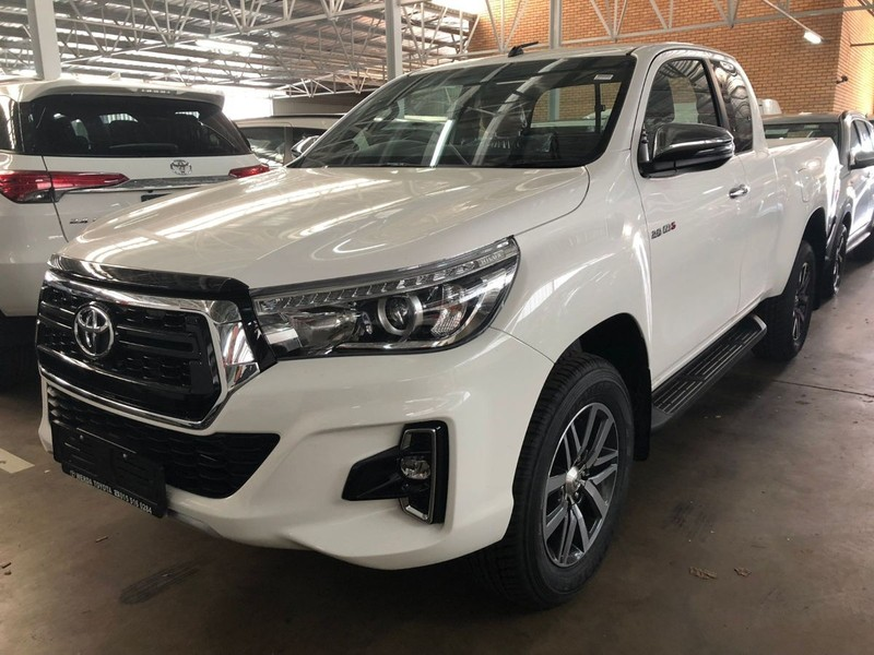 Used Toyota Hilux 2 8 Hilux X Cab 4x4 Auto Facelift For Sale In
