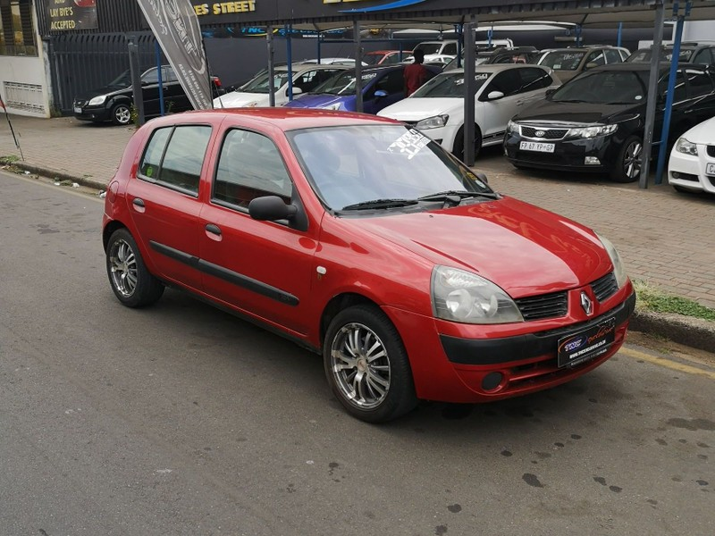 used renault clio 1.4 expression for sale in gauteng - cars.co.za