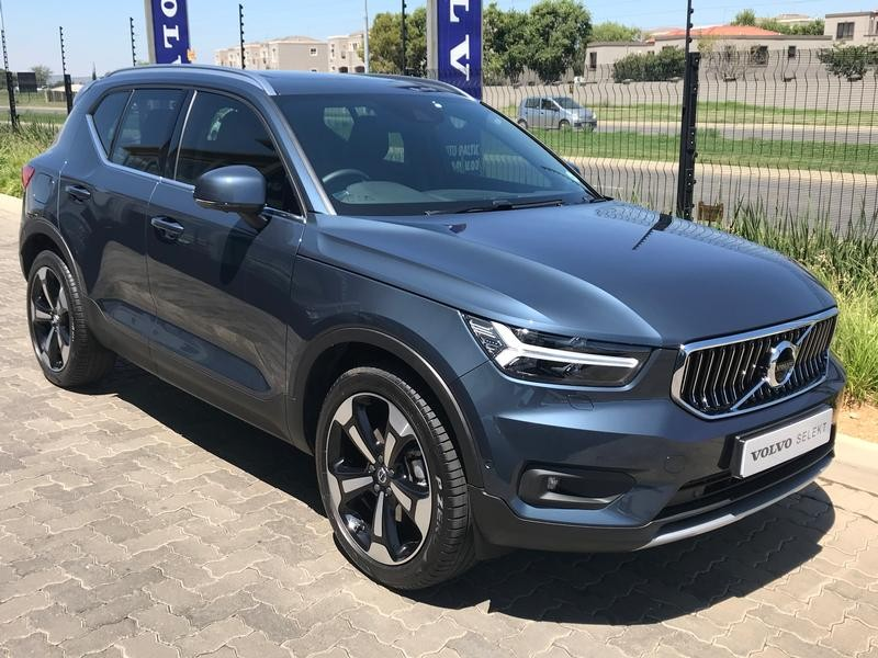 used volvo xc40 d4 inscription awd geartronic for sale in. Black Bedroom Furniture Sets. Home Design Ideas