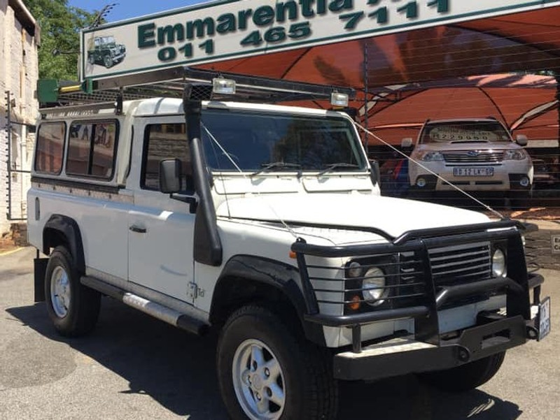 used land rover defender 110 2.5 td5 p/u s/c for sale in gauteng