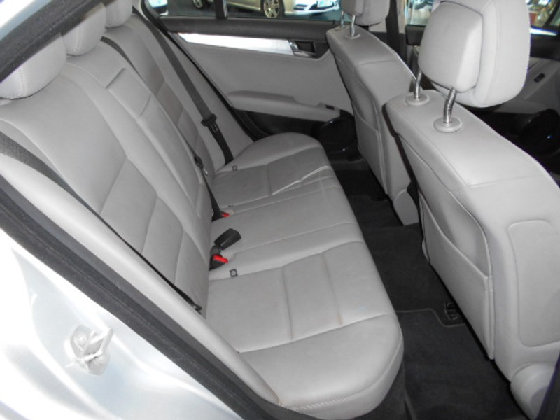 Used Mercedes-Benz C-Class C200k Avantgarde A/t for sale in
