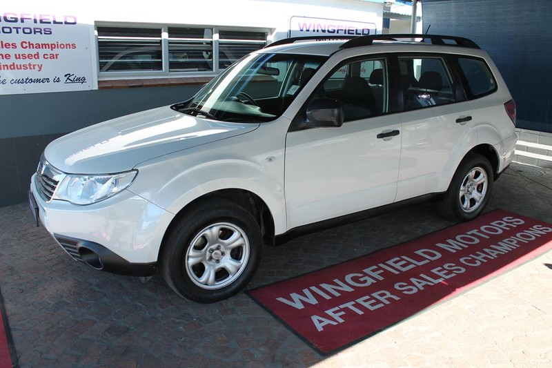 2010 Subaru Forester 2.5 X  Western Cape Kuils River_0