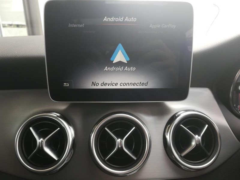 Used Mercedes-Benz GLA-Class 200 Auto for sale in Gauteng