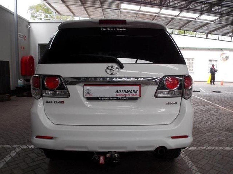 Used Toyota Fortuner 3 0d-4d 4x4 A/t for sale in Gauteng - Cars co