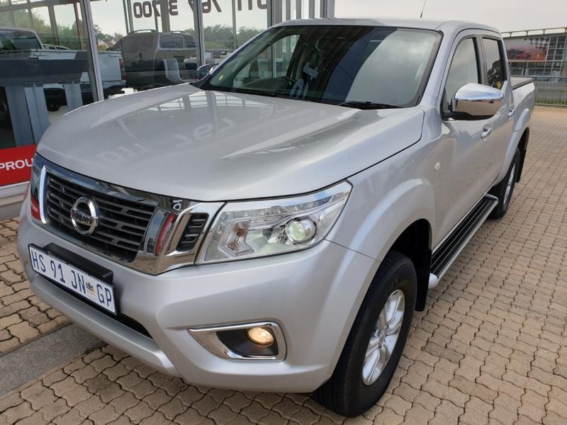 2018 Nissan Navara 2.3D SE Auto Double Cab Bakkie Gauteng Roodepoort_0