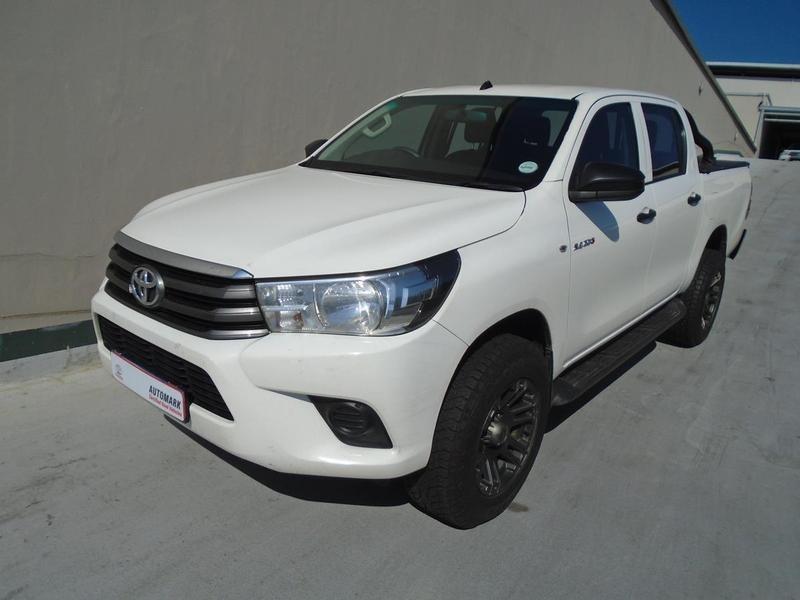 2016 Toyota Hilux 2.4 GD-6 RB SRX Double Cab Bakkie Gauteng Rosettenville_0