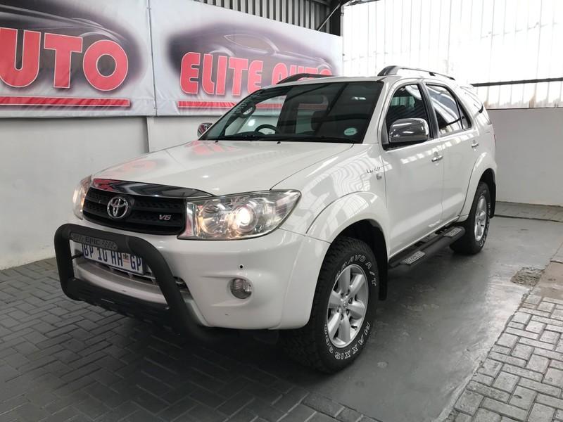 2009 Toyota Fortuner 4.0 V6 At  Gauteng Vereeniging_0