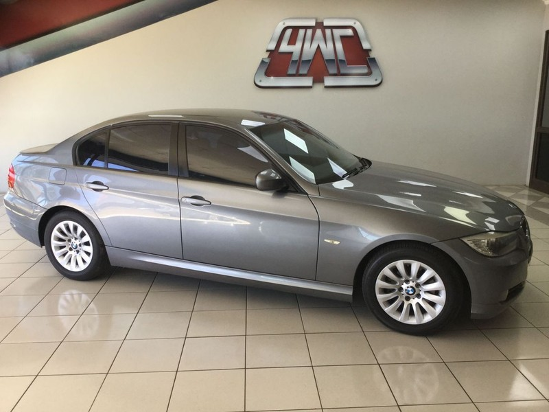 2009 BMW 3 Series 320i At e90  Mpumalanga Middelburg_0