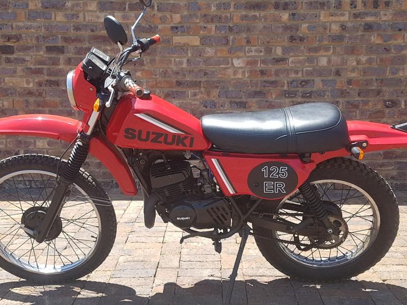 Used Suzuki Ts 125 ER TWO STRONE CHEAPIE for sale in Gauteng