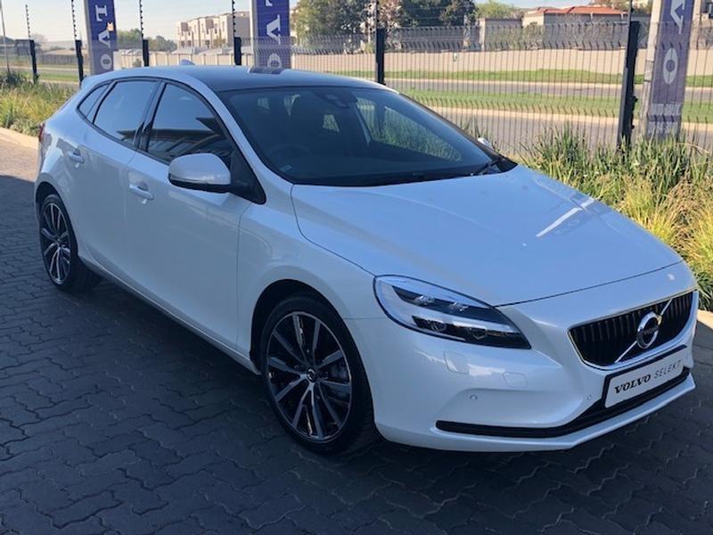 2019 Volvo V40 T4 Momentum Geartronic Gauteng Johannesburg_0