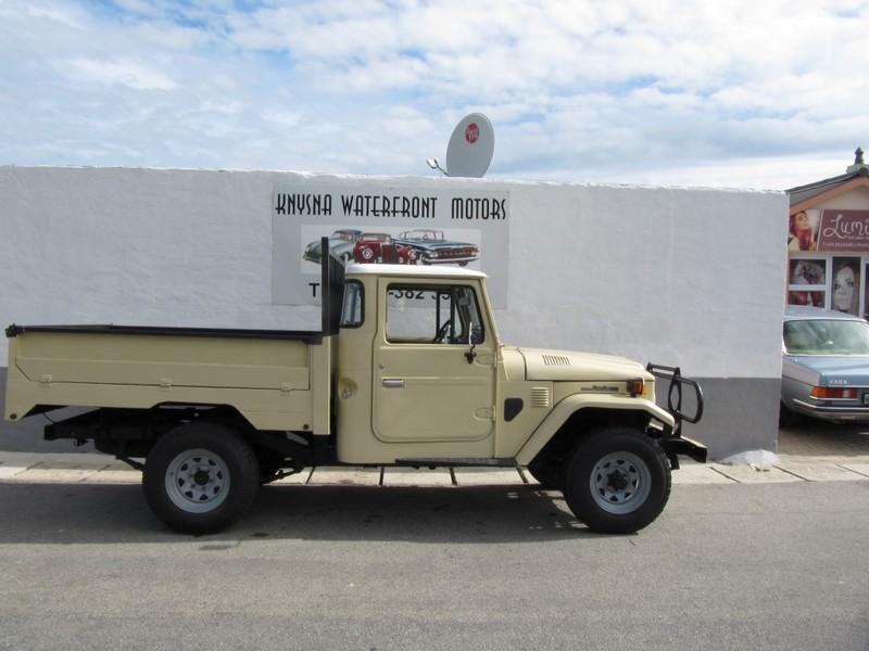 Used Toyota Land Cruiser FJ45 3 9 Petrol for sale in Western Cape