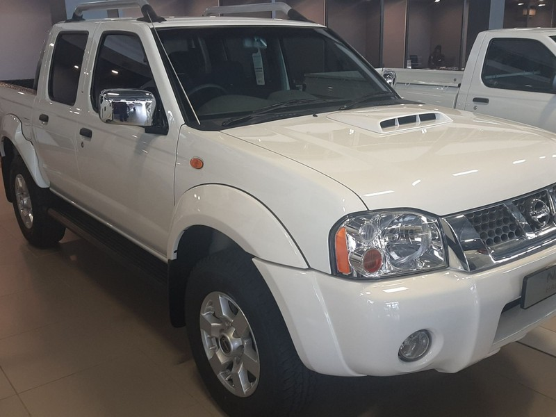 Used Nissan NP300 Hardbody 2 5 TDI NP300 DC 4x4 for sale in