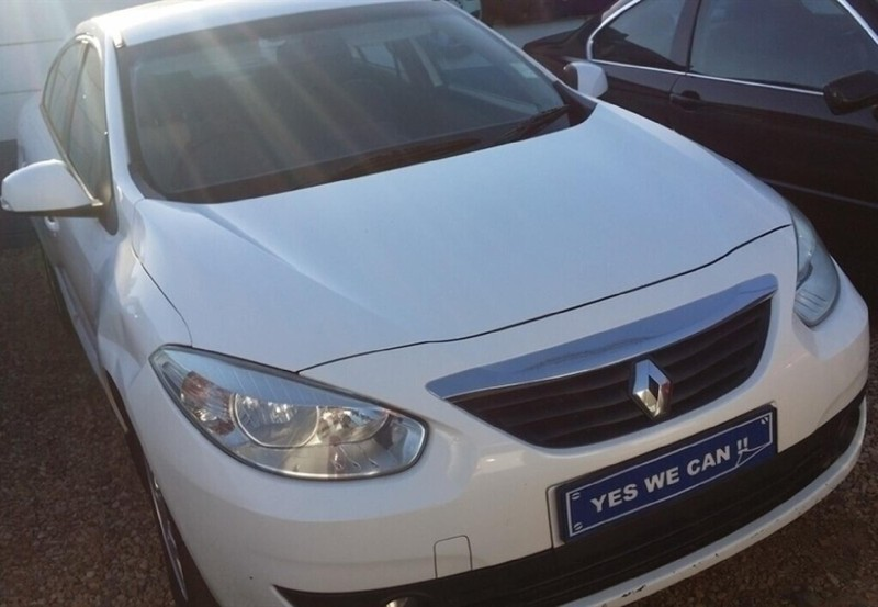 2011 Renault Fluence 1.6 expression Western Cape Kuils River_0