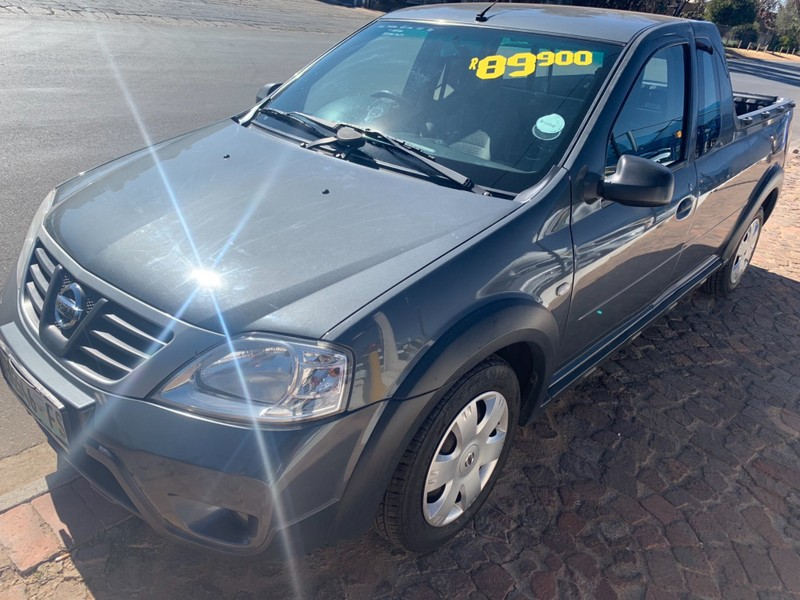 Used Nissan NP200 1 6 Se P/u S/c for sale in Gauteng - Cars