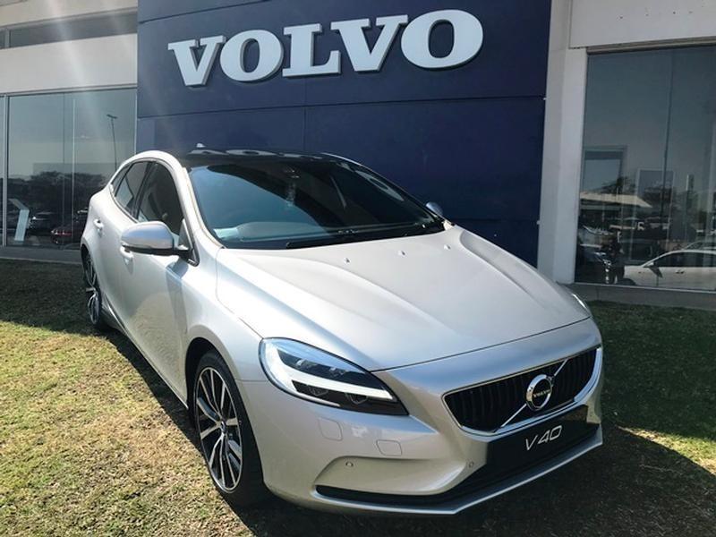 2020 Volvo V40 D4 Momentum Geartronic Mpumalanga Nelspruit_0