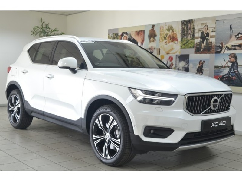 Used Volvo XC40 T5 Inscription AWD Geartronic for sale in