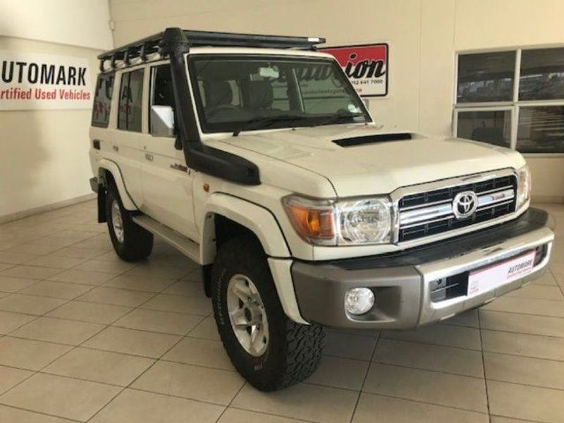 2015 Toyota Land Cruiser 70 4.5D V8 SW Gauteng Centurion_0