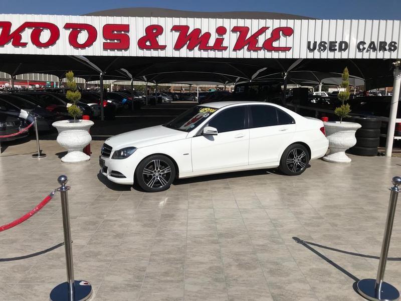 2013 Mercedes-Benz C-Class C200 Be Classic At  Gauteng Vanderbijlpark_0