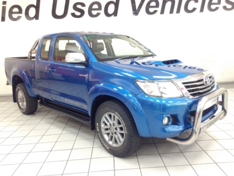 2015 Toyota Hilux 3.0D-4D LEGEND 45 XTRA CAB PU Limpopo Tzaneen_0