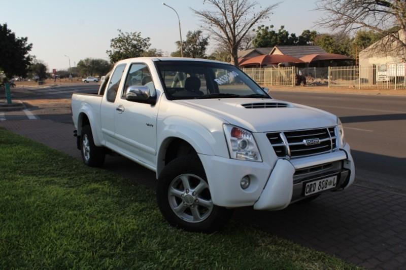 2010 Isuzu KB Series Kb300d-teq Lx Ecab Pu Sc  Limpopo Phalaborwa_0