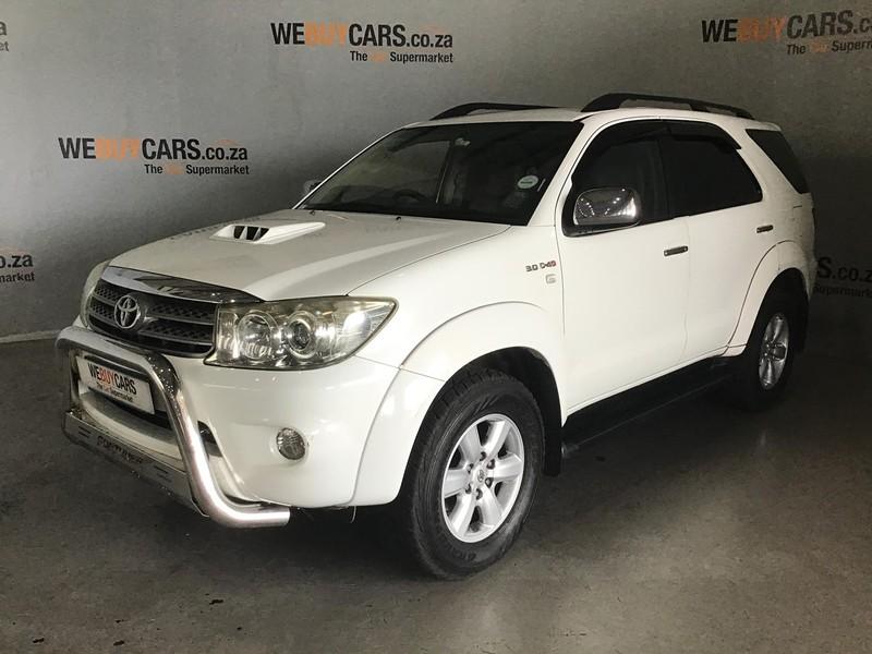 2010 Toyota Fortuner 3.0d-4d Rb 4x4  Gauteng Centurion_0