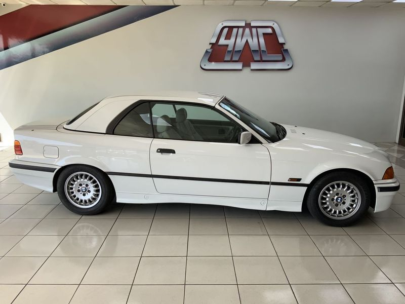 1993 BMW 3 Series 325i Cabriolet At e30  Mpumalanga Middelburg_0