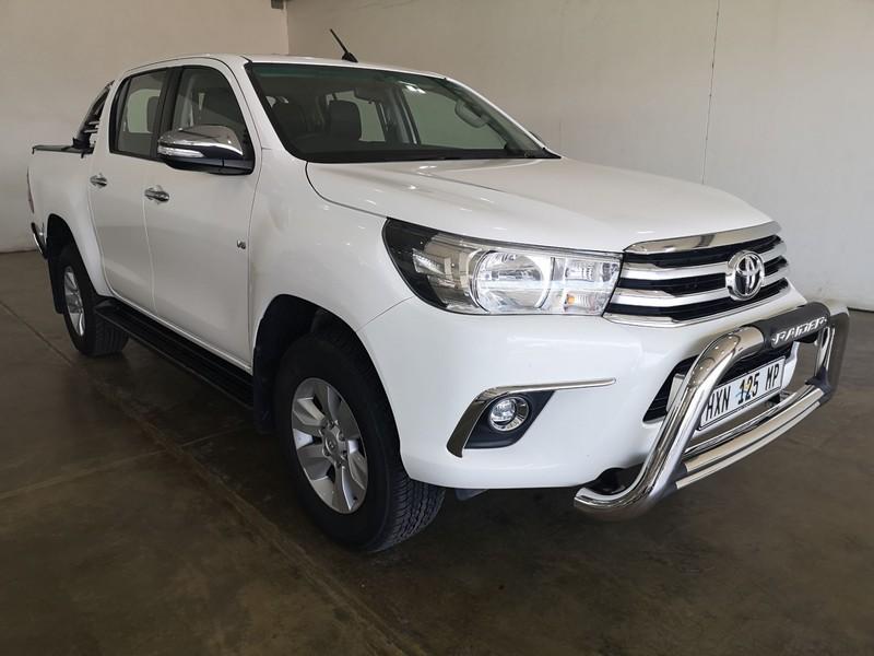 2016 Toyota Hilux 4.0 V6 RB Raider Double Cab Bakkie Auto Mpumalanga Secunda_0