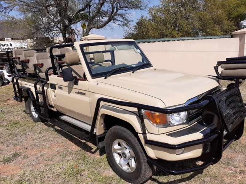 2015 Toyota Land Cruiser 79 4.2d Pu Sc  Limpopo Hoedspruit_0