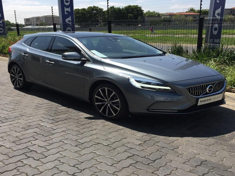 2017 Volvo V40 T3 Inscription Geartronic Gauteng Johannesburg_0
