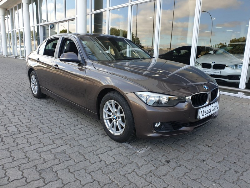 2013 BMW 3 Series 320i  At f30  Western Cape Tygervalley_0