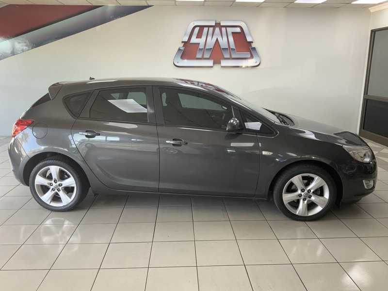 2011 Opel Astra 1.4t Enjoy 5dr  Mpumalanga Middelburg_0