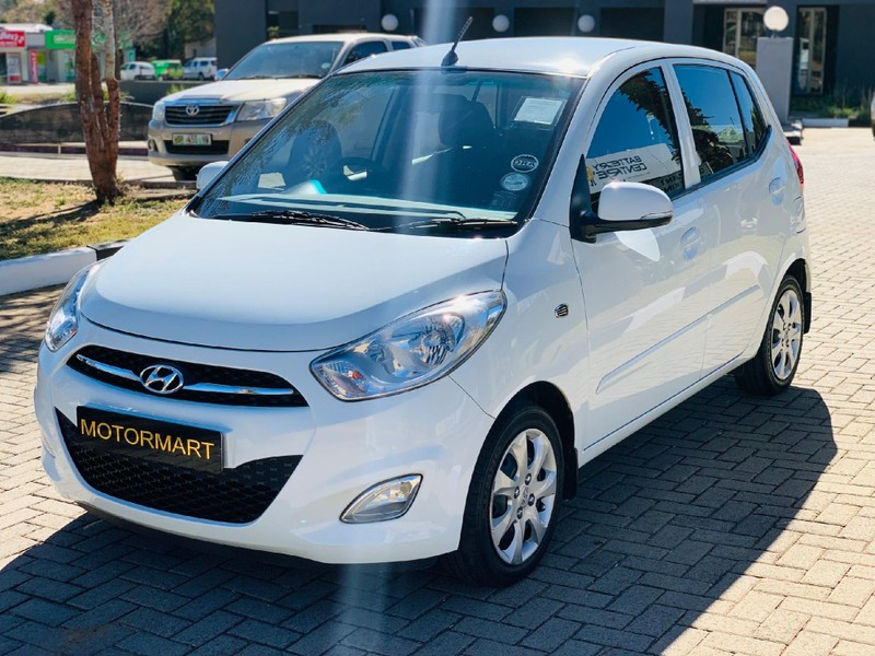 2012 Hyundai i10 1.2 Gls  North West Province Klerksdorp_0
