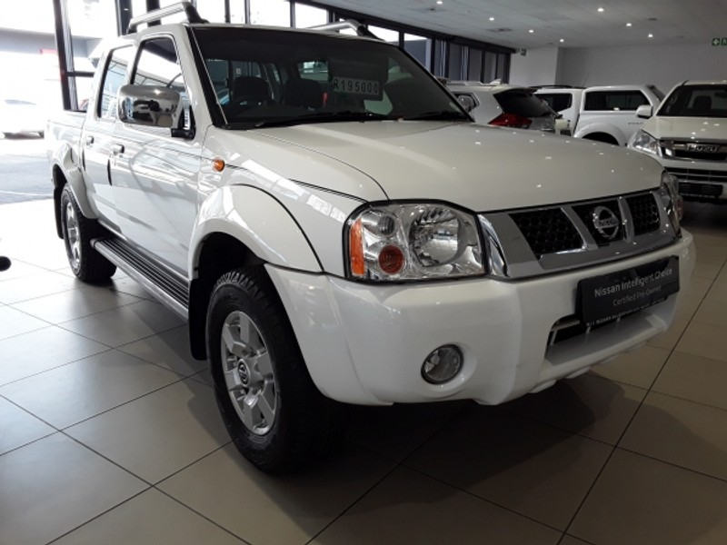 2018 Nissan NP300 Hardbody 2.4i HI-RIDER Double Cab Bakkie Free State Bloemfontein_0