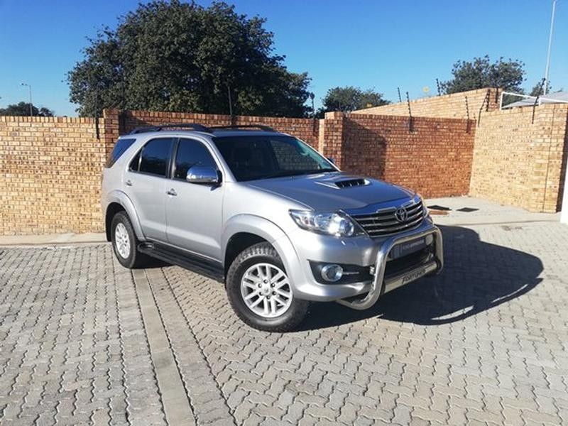 2015 Toyota Fortuner 3.0d-4d Rb At  North West Province Rustenburg_0