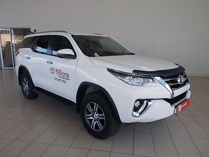 used toyota fortuner 2 4gd