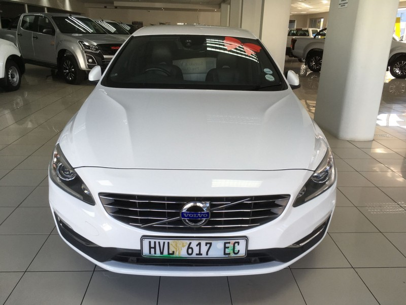 2016 Volvo S60 D4 Momentum Geartronic Western Cape George_0