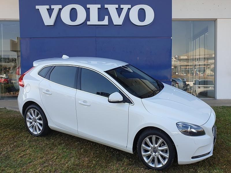 2016 Volvo V40 D3 Momentum Geartronic Mpumalanga Nelspruit_0
