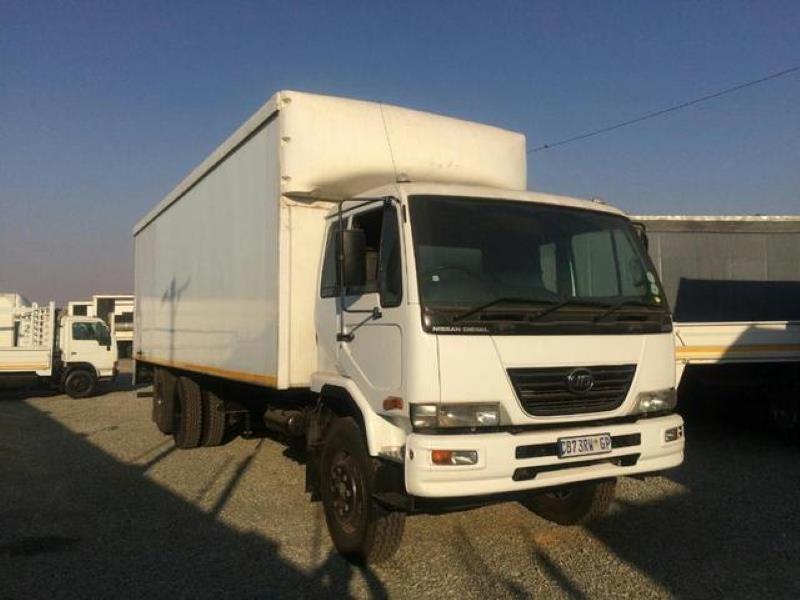 2012 Nissan Ud 90b Fc Cc  Gauteng Boksburg_0