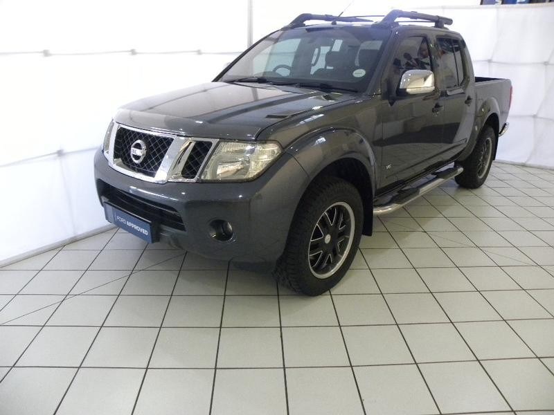 2015 Nissan Navara 3.0 Dci  Le At 4x4 Pu Dc  Gauteng Springs_0
