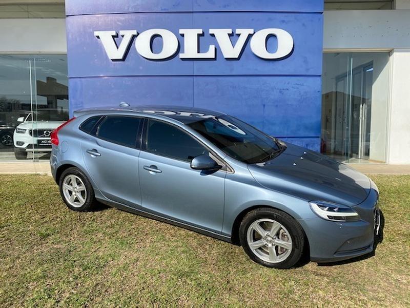 2017 Volvo V40 T3 Momentum Geartronic Mpumalanga Nelspruit_0