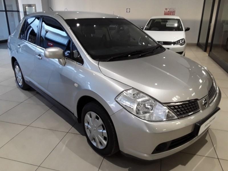 2013 Nissan Tiida 1.6 Visia  MT Sedan Free State Bloemfontein_0