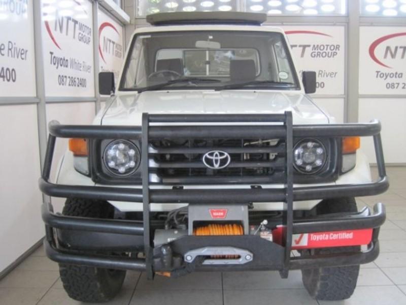 2004 Toyota Land Cruiser 4.5 Petrol Pu Sc  Mpumalanga White River_0