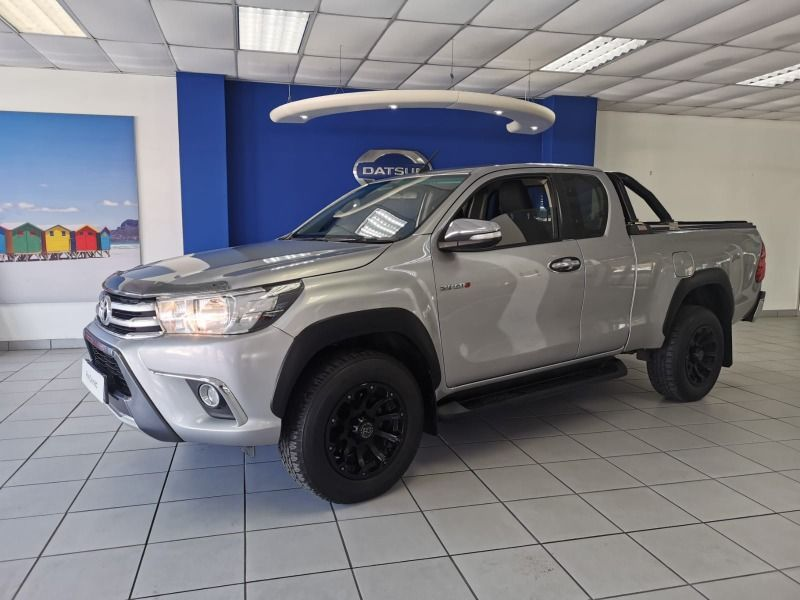 2016 Toyota Hilux 2.8 GD-6 RB Raider Extended Cab Bakkie North West Province Rustenburg_0